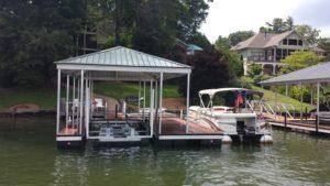 Single Slip Aluminum Floating Dock with Front Mount Lift